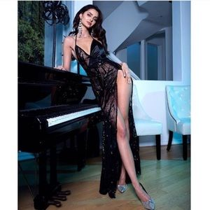⭐️Sexy Black Sheer Gown⭐️🥂